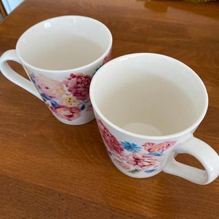 エイボン(AVON)のフラワーマグカップ (箱付)(マグカップ)