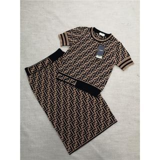 FENDI - フェンディ セーター スカート 上下セット ロゴ M
