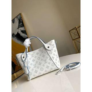 LOUIS VUITTON - Louis Vuitton ヒナ PM