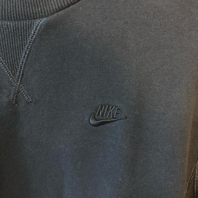 NIKE(ナイキ)のほぼ未使用 ナイキスウェット トレーナー 黒 L メンズのトップス(スウェット)の商品写真