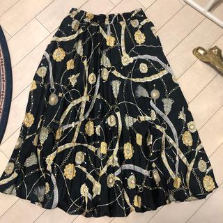ZARA - スカーフ柄 ロング プリーツ スカート チェーン柄