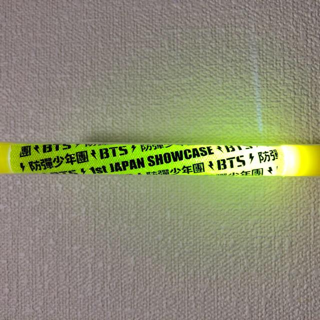 防弾少年団(BTS)(ボウダンショウネンダン)のBTS 防弾少年団 JAPAN 1st SHOWCASE ペンライト エンタメ/ホビーのタレントグッズ(アイドルグッズ)の商品写真