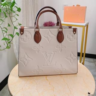 LOUIS VUITTON - 買い物袋㏂☾◑☒
