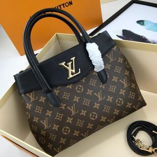 LOUIS VUITTON - 買い物袋★☻☻★▲大人気!●Vuitton●