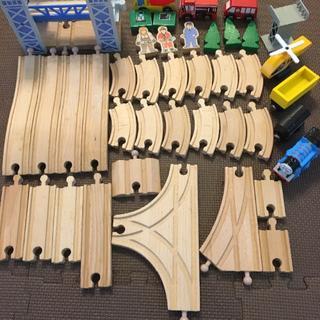 ブリオ(BRIO)のBRIOブリオ、その他レール、追加レール、電動トーマス、付属品セット(電車のおもちゃ/車)