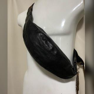 alfredoBANNISTER - alfredoBANNISTER レザーボディバッグ スタッズ ブラック 黒