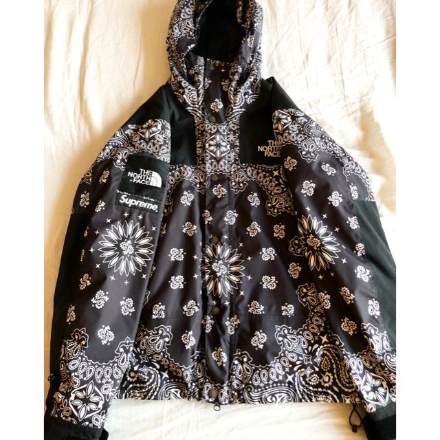 Supreme(シュプリーム)のsupreme north face bandana バンダナ 黒 メンズのジャケット/アウター(マウンテンパーカー)の商品写真