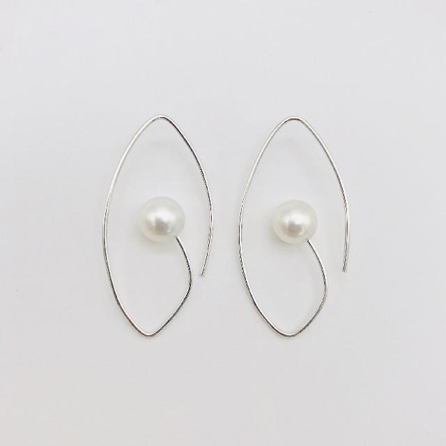 South Pearlpierced earring 南洋パール ピアス M レディースのアクセサリー(ピアス)の商品写真