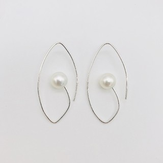 South Pearlpierced earring 南洋パール ピアス M