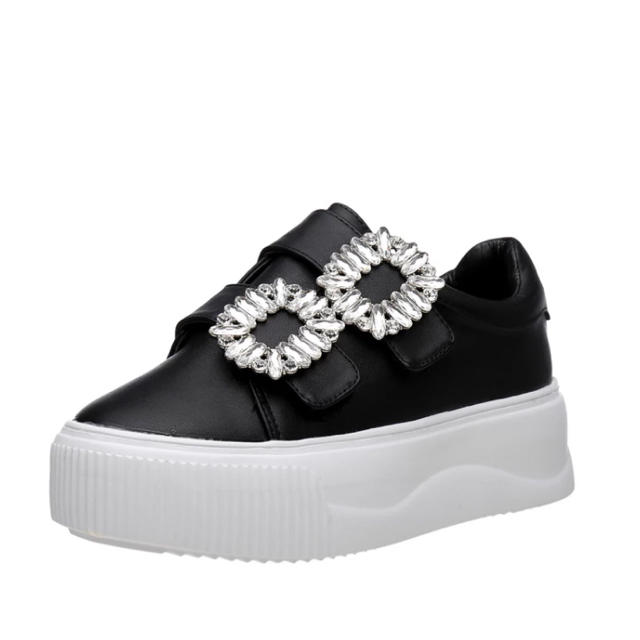 SALE!22.5センチ黒のみ ビジューストラップスニーカー レディースの靴/シューズ(スニーカー)の商品写真