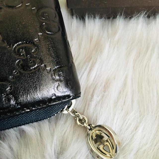Gucci(グッチ)の美品 グッチ 長財布 ラウンドファスナー シマ レザー レディースのファッション小物(財布)の商品写真
