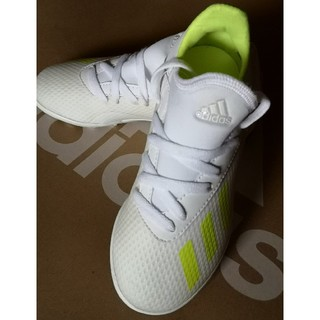 adidas - 【新品未使用】アディダス ジュニア サッカーシューズ [ 18㎝ ]  送料無料