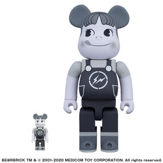 FRAGMENT - フラグメント 不二家THECONVENI  BE@RBRICK100% 400%