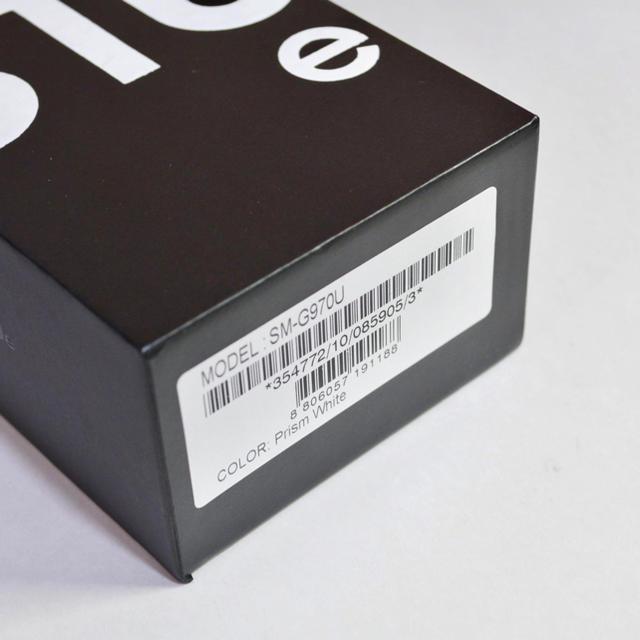 SAMSUNG(サムスン)の【専用】北米版 SIMフリー Galaxy S10e G970U ホワイト スマホ/家電/カメラのスマートフォン/携帯電話(スマートフォン本体)の商品写真