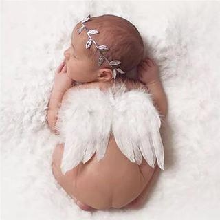 ニューボーンフォト 天使 ベビー