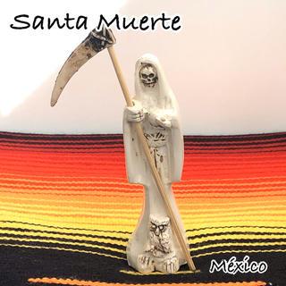 何でも叶える☆ 死の聖人 サンタムエルテ メキシコ お守り 魔術 ホワイトカラー(置物)