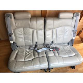 シボレー(Chevrolet)の売り切りシボレー タホ サバーバン サードシート 2001年〜 (車種別パーツ)