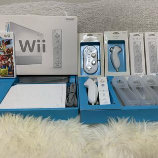 任天堂 - 4人で楽しめる極美品 Nintendo Wii RVL-S-WA  セット一式