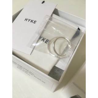 ハイク(HYKE)の新品未使用★20SS  HYKE  ダブルイヤーカフ  シルバー(イヤーカフ)