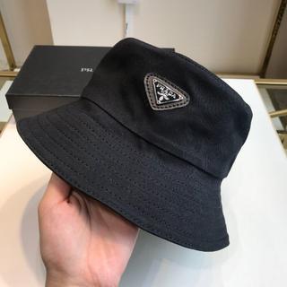 PRADA - 【PRADA】ロゴバケットハット男女兼用