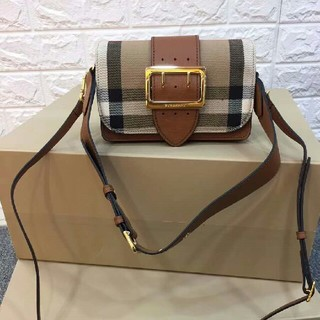 BURBERRY - Burberry The Buckle ショルダーバッグ