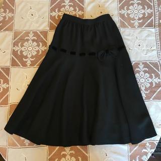 CHRISTINE ブラックお上品スカート ベルベットリボン 黒色 クリスティン(ひざ丈スカート)