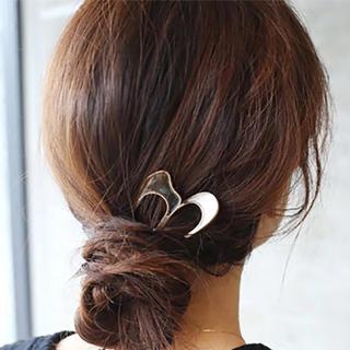 ALEXIA STAM - shell hair stick