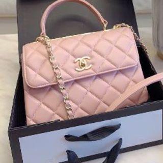 CHANEL - Chanel  シャネル ピンク ショルダーバッグ 女性 レディース