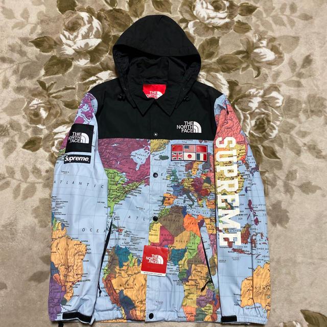 Supreme(シュプリーム)のSUPREME NORTH FACE MAP 地図 コーチジャケット パーカー メンズのジャケット/アウター(ナイロンジャケット)の商品写真
