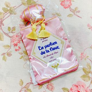 PEACH JOHN - PEACH JOHN♡ル・パルファン 香水型ティッシュケース新品
