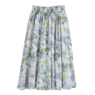 axes femme - 【タグ付き新品未使用】ぼかし花柄ロングスカート
