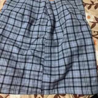 スピンズ(SPINNS)のSPINNS スカート(ひざ丈スカート)