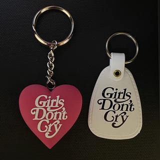 ジーディーシー(GDC)のgirls don't cry キーホルダー (キーホルダー)
