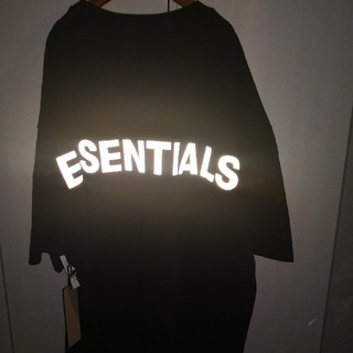 FEAR OF GOD - fog  essentials Tシャツ