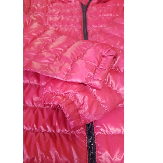 UNIQLO(ユニクロ)のUNIQLOダウン キッズ/ベビー/マタニティのキッズ服女の子用(90cm~)(ジャケット/上着)の商品写真