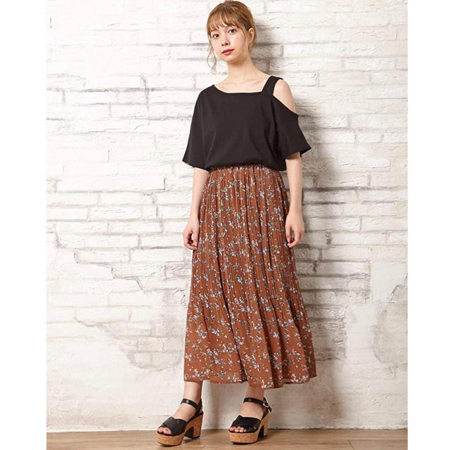 INGNI(イング)のINGNI 小花柄シフォンプリーツスカート レディースのスカート(ロングスカート)の商品写真