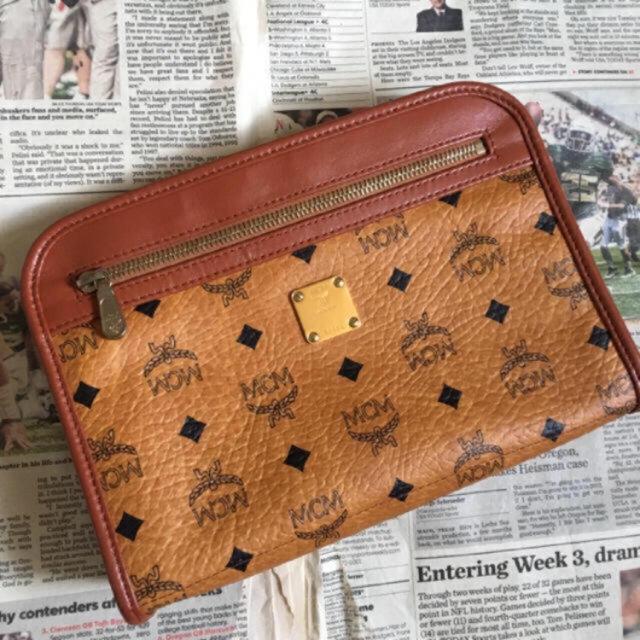 MCM(エムシーエム)の未使用 ヴィンテージ MCM ロゴグラム クラッチ レディースのバッグ(クラッチバッグ)の商品写真