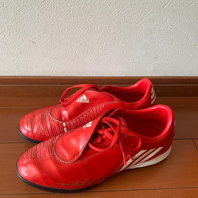 adidas(アディダス)のadidas、トレシュー 25.5cm スポーツ/アウトドアのサッカー/フットサル(シューズ)の商品写真
