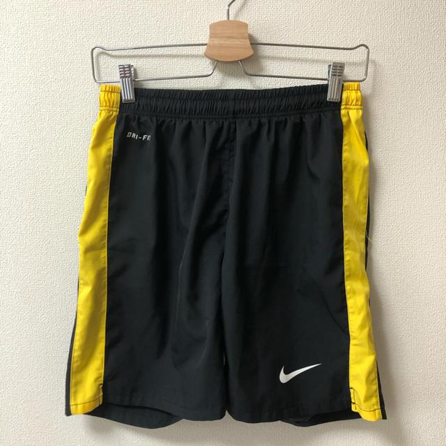 NIKE(ナイキ)のナイキ サッカー ハーフパンツ スポーツ/アウトドアのサッカー/フットサル(ウェア)の商品写真