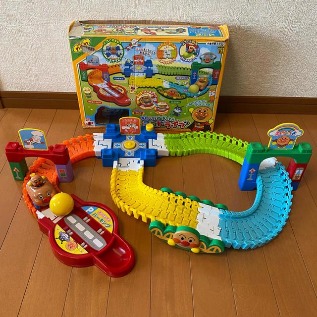 アンパンマン(アンパンマン)のまわって!のぼって!コロコロドライブ キッズ/ベビー/マタニティのおもちゃ(知育玩具)の商品写真
