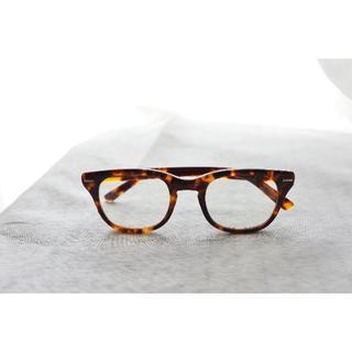 ビームス(BEAMS)のSHURON FREEWAY デミアンバー ウェリントン 伊達眼鏡 値下げ(サングラス/メガネ)