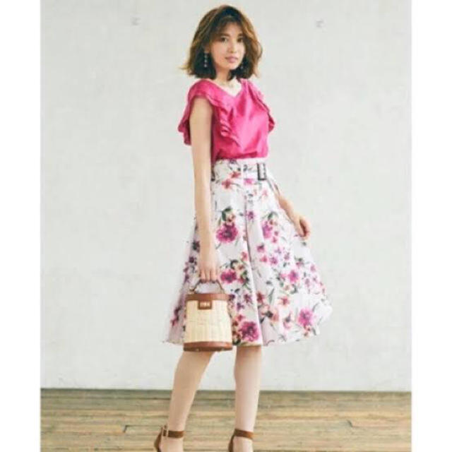 Apuweiser-riche(アプワイザーリッシェ)のApuweiser-riche アプワイザーリッシェ水彩フラワープリントスカート レディースのスカート(ひざ丈スカート)の商品写真