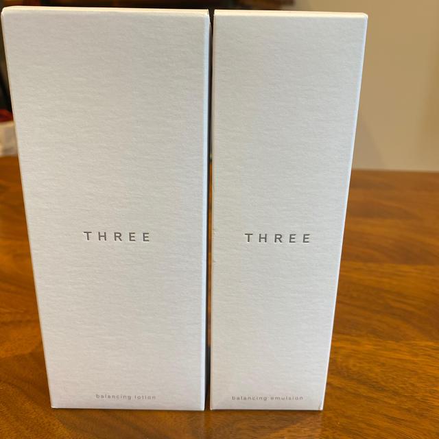 THREE(スリー)のTHREEバランシングローション&エマルジョン【新品】 コスメ/美容のスキンケア/基礎化粧品(乳液/ミルク)の商品写真
