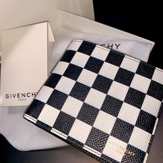 ジバンシィ(GIVENCHY)の《新品未使用》GIVENCHY 二つ折り札入れ 財布 チェッカー柄 HIPHOP(折り財布)