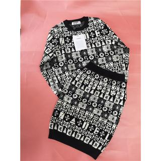 CHANEL - シャネル セーター スカート ロゴ