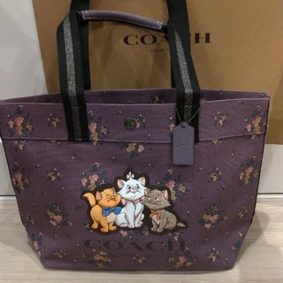 COACH - コーチ x Disney マリーちゃん トートバッグ (紫)