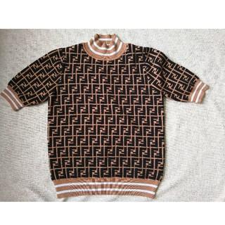 FENDI - 人気!Fendiフェンディ  ニット Tシャツ 半袖セーター 男女兼用 M