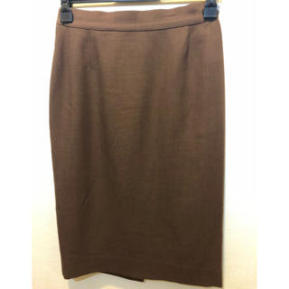 サルヴァトーレフェラガモ(Salvatore Ferragamo)のスカート(ひざ丈スカート)