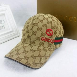 Gucci - GUCCIベースボールキャップ