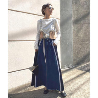 Ameri VINTAGE - アメリ デニムスカート SIDE PLEATS DENIM SKIRT